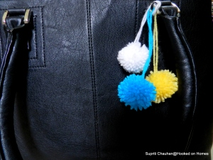 DIY Pompoms @ Hooked on Homes (4)